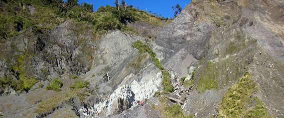 The Alpine Fault in New Zealand. (Credit: Ben van der Pluijm)