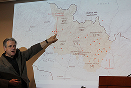 Bill Axinn briefs colleagues in Ann Arbor on relief efforts. (Credit: Michael McIntyre)