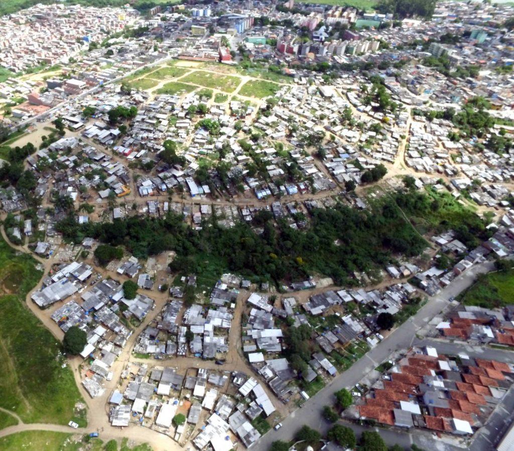 Aerial view of Ocupação Anchieta.