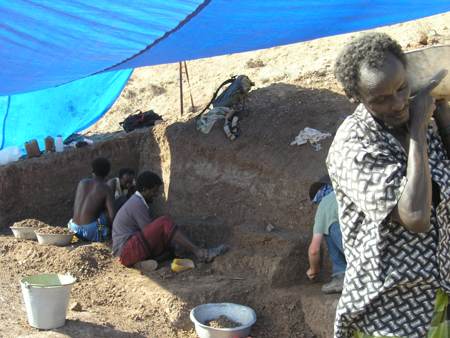 Excavations at the GWM67 site. Image credit: Scott Simpson, CWRU School of Medicine.