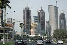 Skyscrapers in the Qatari capital. Credit: Amjra via Wikimedia Commons.